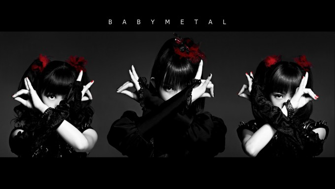 Lovely idol band BABYMETAL marching in the world