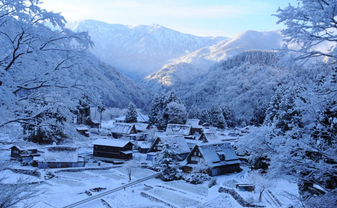 snowy japanese city can be in �the 10 snowiest cities on