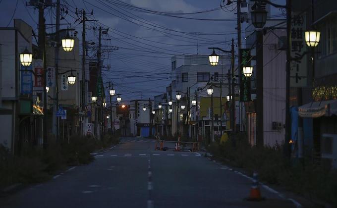 Looking back on Fukushima with 3 revival and 11 ruin photos_1