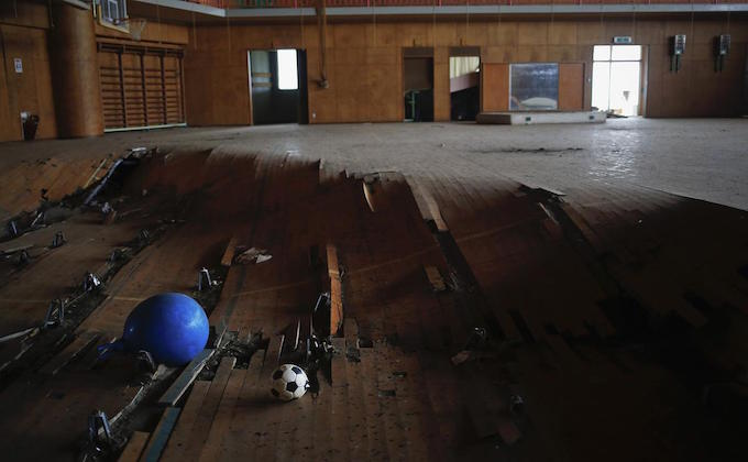 Looking back on Fukushima with 3 revival and 11 ruin photos_4