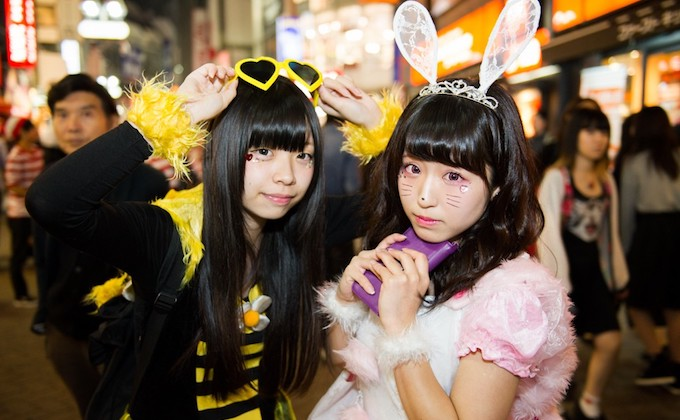 japanese-halloween-livend-up-by-unique-cosplayers_2
